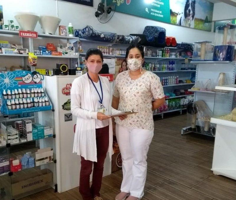 Vigilância em Saúde Ambiental orienta clínicas veterinárias sobre leishmaniose visceral