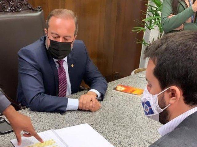 Prefeito vai a Brasília buscar recursos para Patos de Minas