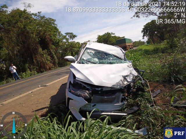 PRF registra grave acidente de trânsito no Km 461 da BR-365