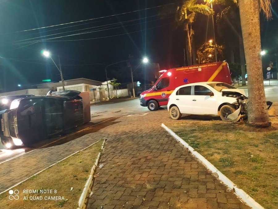 Corpo de Bombeiros registra acidente na Avenida Getúlio Vargas