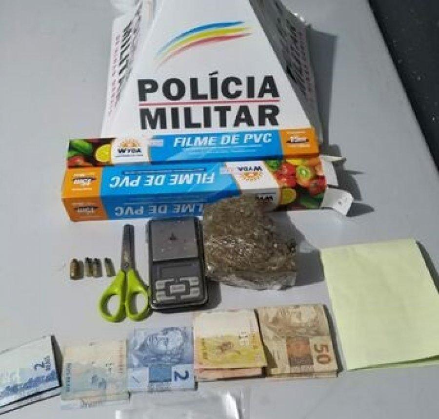 PM prende autores por tráfico de drogas em Patos de Minas