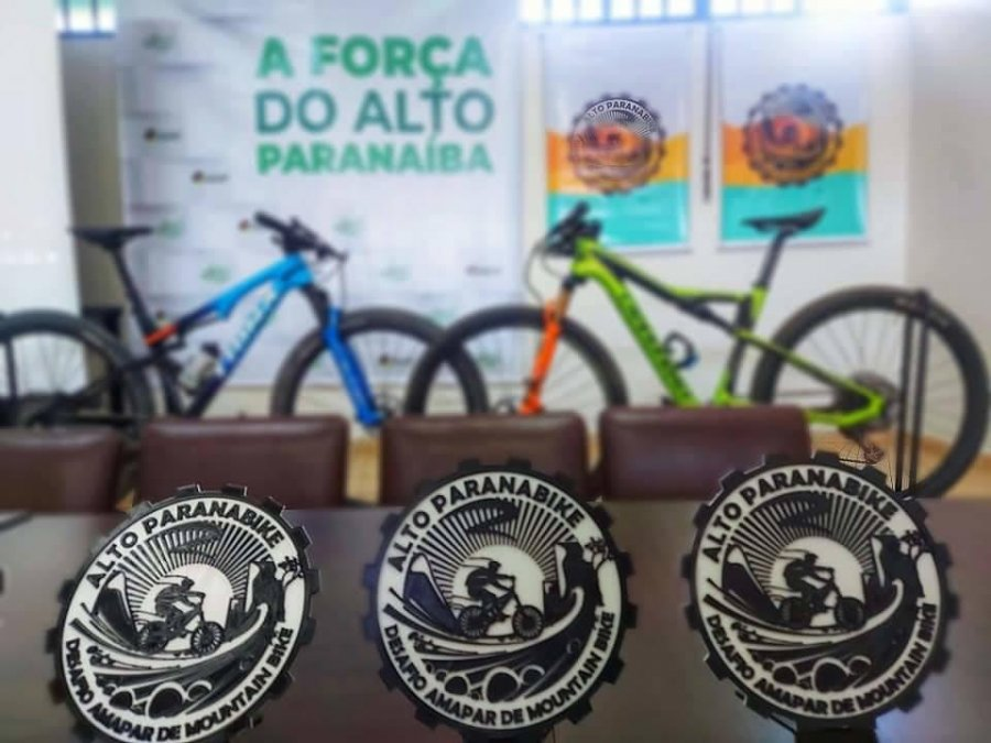 Secretarias Municipais participam de lançamento do projeto Alto Paranabike - Desafio Amapar de Mountain Bike