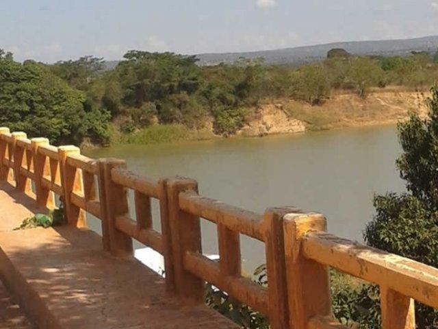 Barco de quase seis metros é furtado às margens do Rio Paracatu, em Brasilândia de Minas
