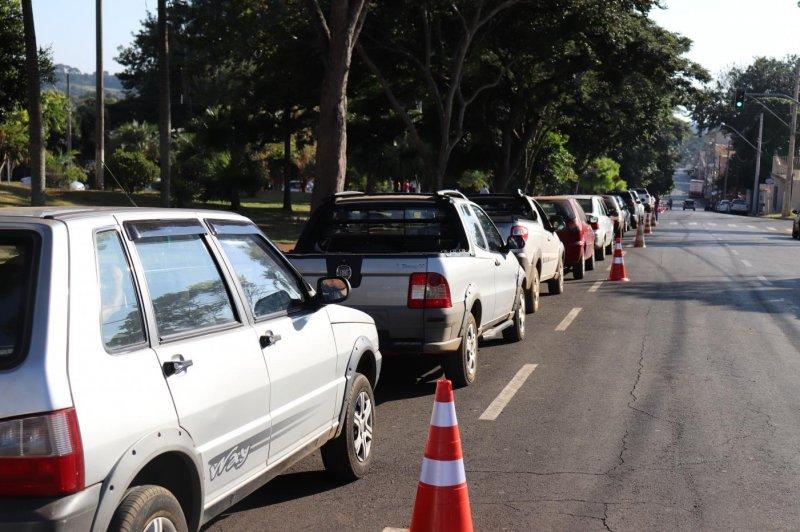 Presidente Olegário vacinará caminhoneiros, varredores de rua, funcionários da reciclagem e trabalhadores industriais