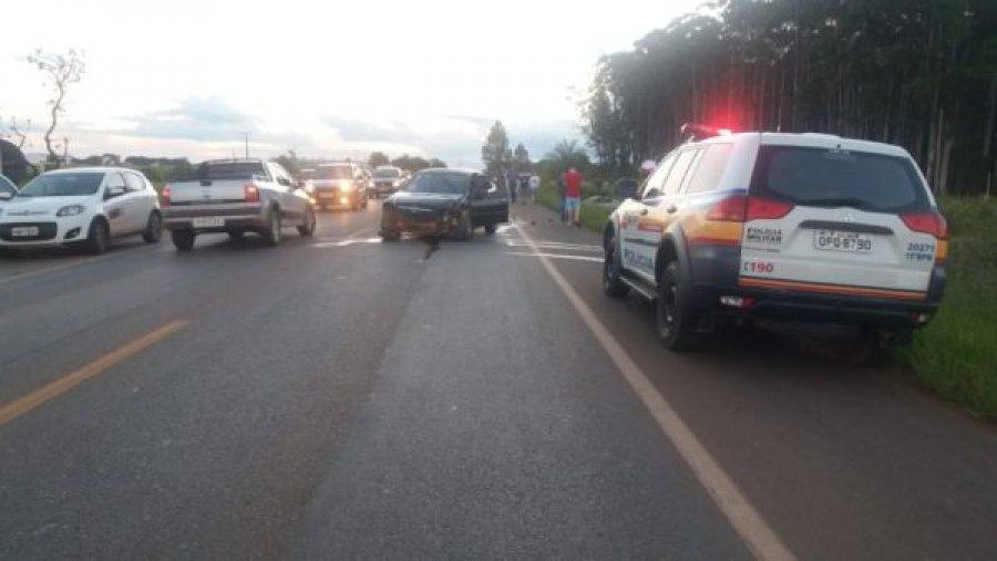 Grave acidente registrado na MG-235 em São Gotardo deixa 6 pessoas feridas