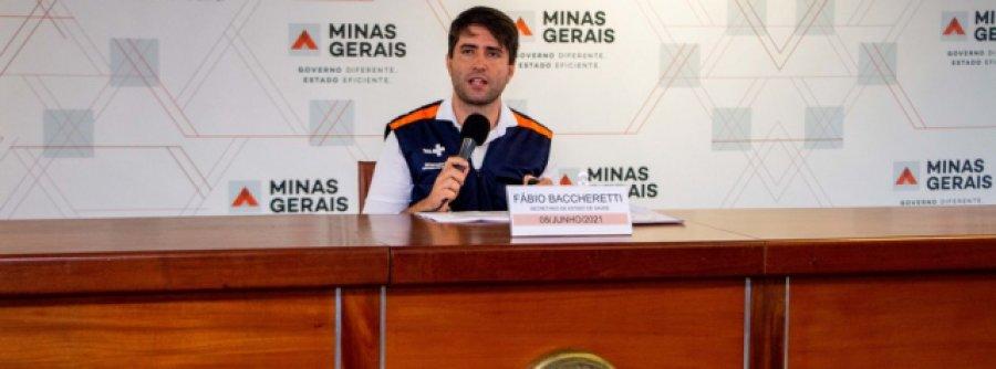 Vacinação por idade acelera imunização contra a covid-19 em Minas