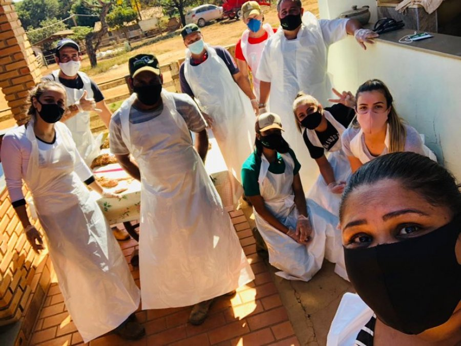 Grupo de Cedro do Abaeté aprende a fazer inseminação