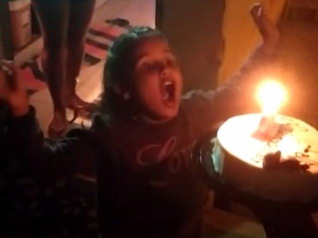 Militares comemoram aniversário de criança apaixonada pela PMMG