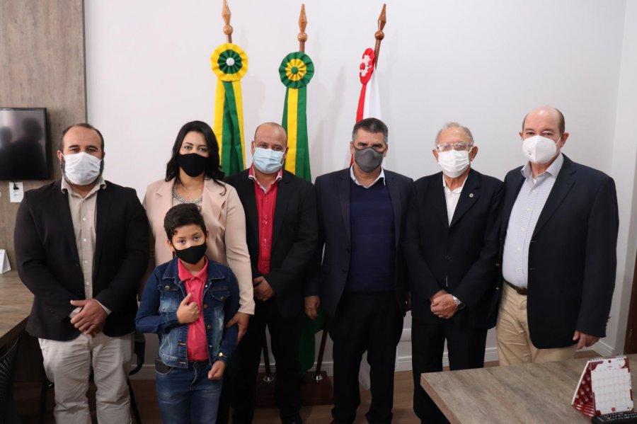Presidente Olegário recebe visita do vice-governador de Minas Gerais