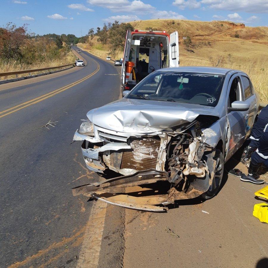 PRF registra grave acidente de trânsito no km 392 da BR-365