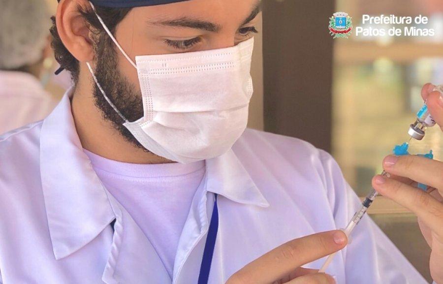 Covid-19: instruções para vacinação de trabalhador da saúde no domingo