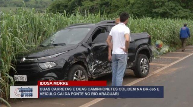Carretas e duas caminhonetes colidem na BR-365; veículo cai da ponte no Rio Araguari e mulher morre