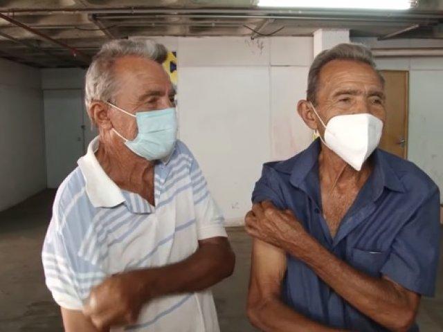 Patos de Minas convoca idosos e imunossuprimidos para dose de reforço da vacina