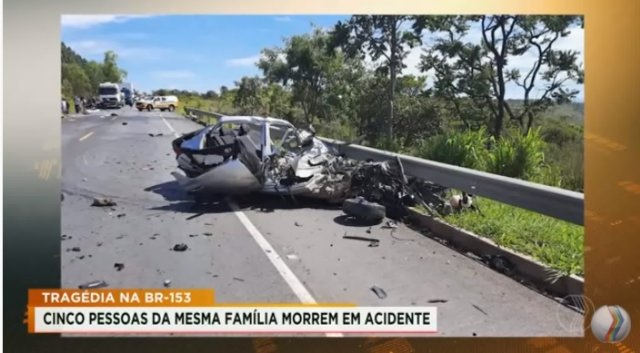 Cinco pessoas da mesma família morre em acidente na BR-153